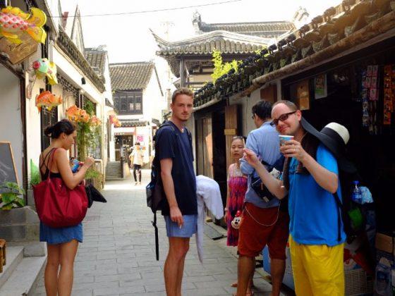 Day trip to the Beach in Shanghai with LTL Mandarin School