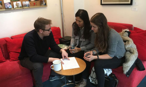 Andreas advising two students at LTL Beijing