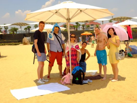 Day trip to the Beach in Shanghai with LTL Mandarin School